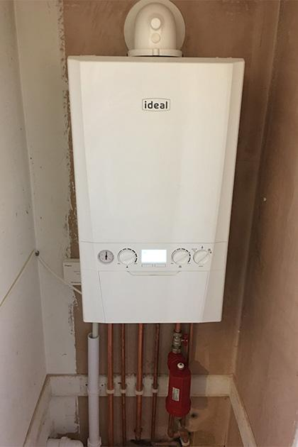 Ideal boiler installed in Wootton